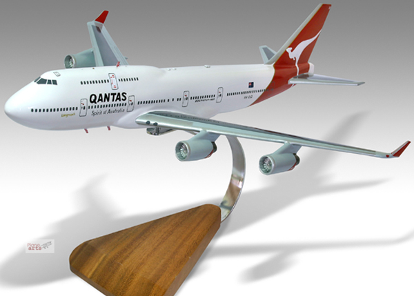qantas the spirit of australia Qantas becomes spirit of australians,  the campaign will see the airline change its tag line from the 'spirit of australia' to the 'spirit of.
