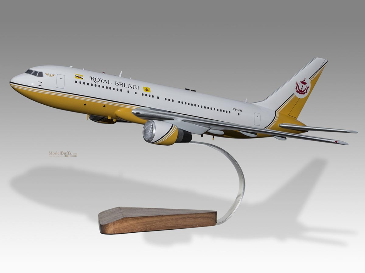 Aeronautica Boeing 767-300 Er Air Seychelles Wood Airplane Model