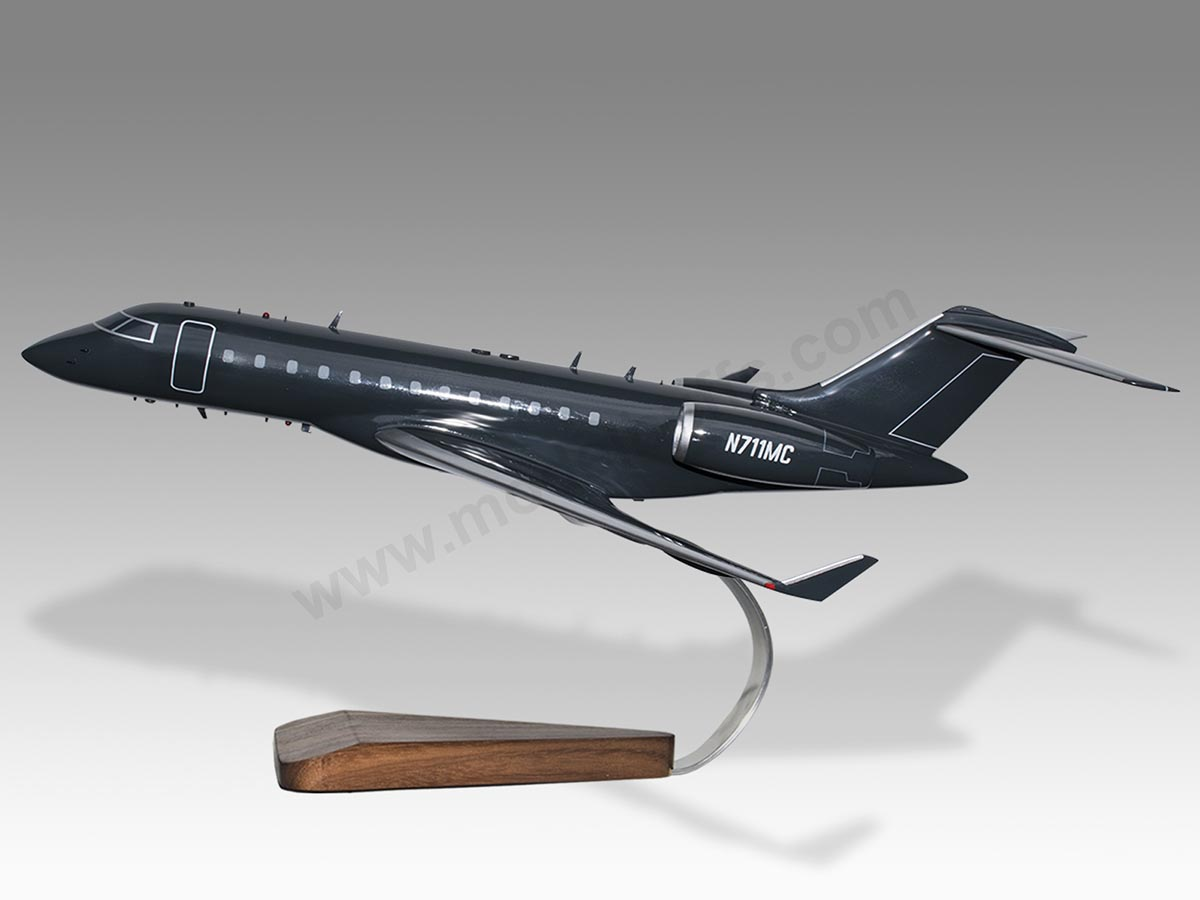 Livery Solid Wood Model Bombardier Bd-700 In Your Own Choice Of Markings Collectables Aeronautica