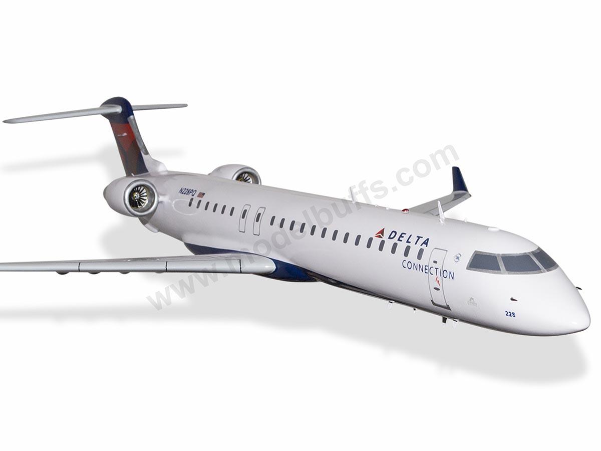 Models Aeronautica Bombardier Crj 900lr Delta Connection Mahogany Wood Handmade Airplane Model